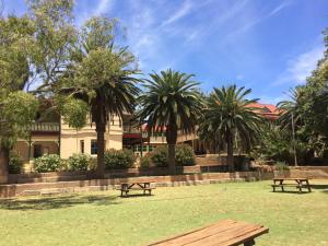 The Priory Hotel, Hotely  Dongara - big - 108