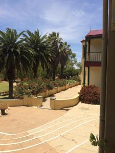 The Priory Hotel, Hotel  Dongara - big - 100