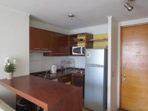 One-Bedroom Apartment with Balcony 1003