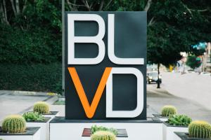 BLVD Hotel & Suites, Hotel  Los Angeles - big - 32
