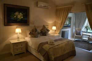 Luxury Double Room with Garden View