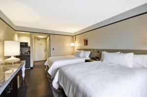Queen Room with Two Queen Beds and Roll-In Shower - Mobility Accessible