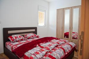 Apartman Lana, Apartments  Podgorica - big - 2