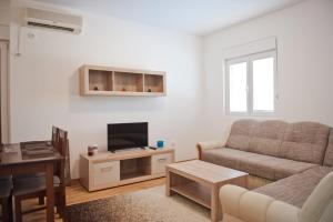 Apartman Lana, Apartments  Podgorica - big - 1