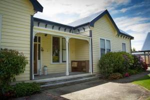 The Old Manse, Bed and breakfasts  Martinborough  - big - 20