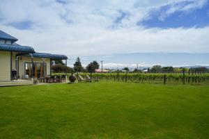 The Old Manse, Bed and breakfasts  Martinborough  - big - 25