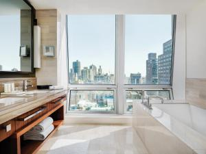 Apartament typu Junior Suite z widokiem na Empire State Building