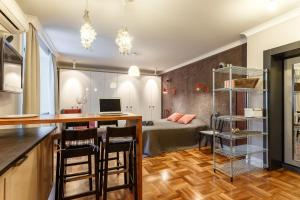 Daily Rooms Apartment at Balchug Island, Appartamenti  Mosca - big - 7