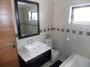 Luxury Double Room with Bath and Shower