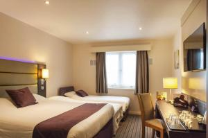 Premier Inn Guildford North - A3, Hotels  Guildford - big - 13