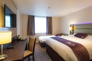 Premier Inn Guildford North - A3, Hotels  Guildford - big - 8