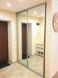 Studio Luxe on Victory Street in the city center, Apartmány  Vinnycja - big - 22