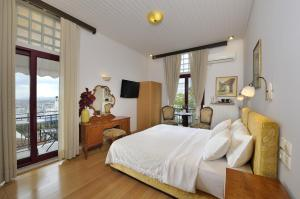 Double or Twin Room - Acropolis View