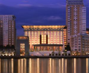 Hotel Four Seasons Hotel London at Canary Wharf, Londra