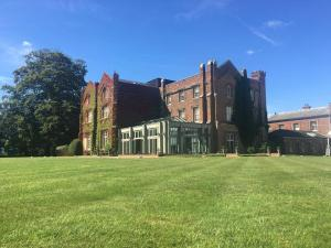 Picture of Offley Place