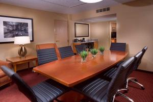 King Boardroom Suite- Non Smoking