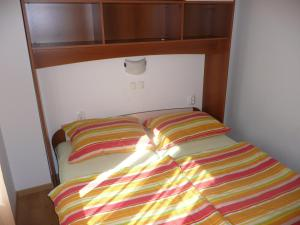 Two-Bedroom Apartment in Rab VII, Apartments  Barbat na Rabu - big - 8