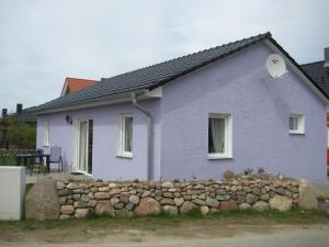 Two-Bedroom Holiday home in Dranske I, Holiday homes  Lancken - big - 1