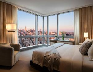 SoHo View One-Bedroom Suite