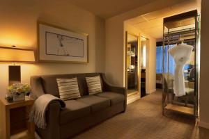Executive Queen Suite with Sofa Bed
