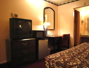 American Inn, Motels  Colorado City - big - 6