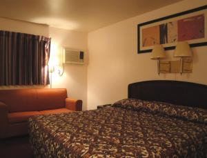 American Inn, Motels  Colorado City - big - 7