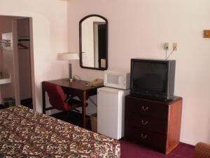 American Inn, Motels  Colorado City - big - 10