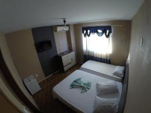 Triple Room with 3 Single Beds