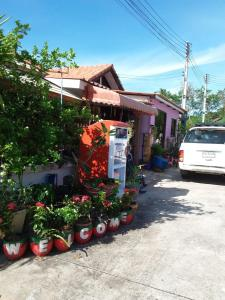 Orasa Homestay, Homestays  Sattahip - big - 10