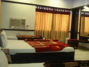 Hotel Ambaji International, Отели  Ranpur - big - 9