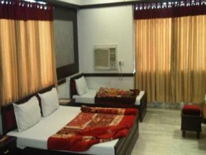 Hotel Ambaji International, Отели  Ranpur - big - 8