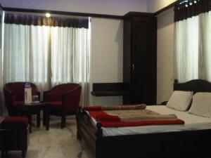 Hotel Ambaji International, Отели  Ranpur - big - 7