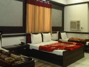 Hotel Ambaji International, Hotely  Ranpur - big - 4