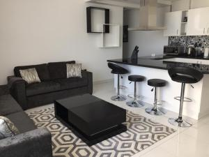 Espace Holiday Homes - Giovanni Boutique Suites 6, Dubai