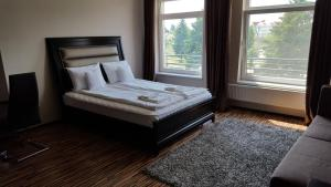 Grand'Or Studio Apartments, Apartmány  Oradea - big - 14