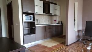 Grand'Or Studio Apartments, Apartmány  Oradea - big - 19