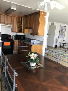 Huge 2BD/2 BATH. Apt. fully furnished in Burbank, Apartmány  Burbank - big - 15