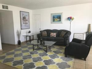 Huge 2BD/2 BATH. Apt. fully furnished in Burbank, Apartmány  Burbank - big - 26