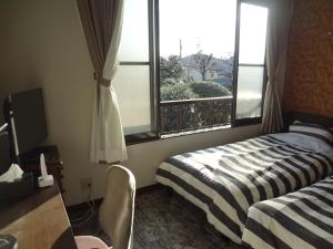 Standard Twin Room with Garden View 201