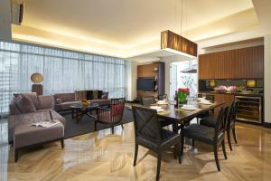 Two-Bedroom Executive Family Apartment