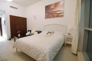Grand Boulevard Holiday Homes - Fountain View, Dubai