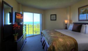 Standard One-Bedroom Suite with Ocean View