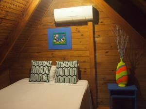 Chalet with Shared Bathroom