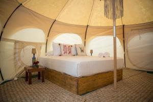 Queen Tent With Private Bathroom