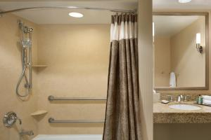 Queen Room with Two Queen Beds - Disability Access Roll-In Shower