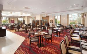 DoubleTree by Hilton Dartford Bridge, Отели  Дартфорд - big - 16
