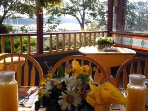 Photo of Across The Harbour Bed & Breakfast