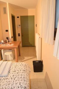 B&B Centro Arcangelo, Bed and breakfasts  Dro - big - 4