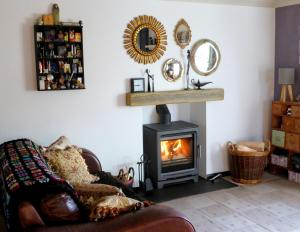 Stones Throw B&B, Bed and Breakfasts  Llandissilio - big - 27