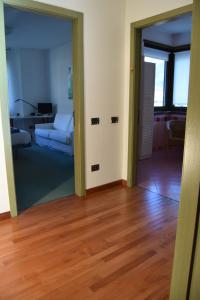 B&B Centro Arcangelo, Bed and breakfasts  Dro - big - 34